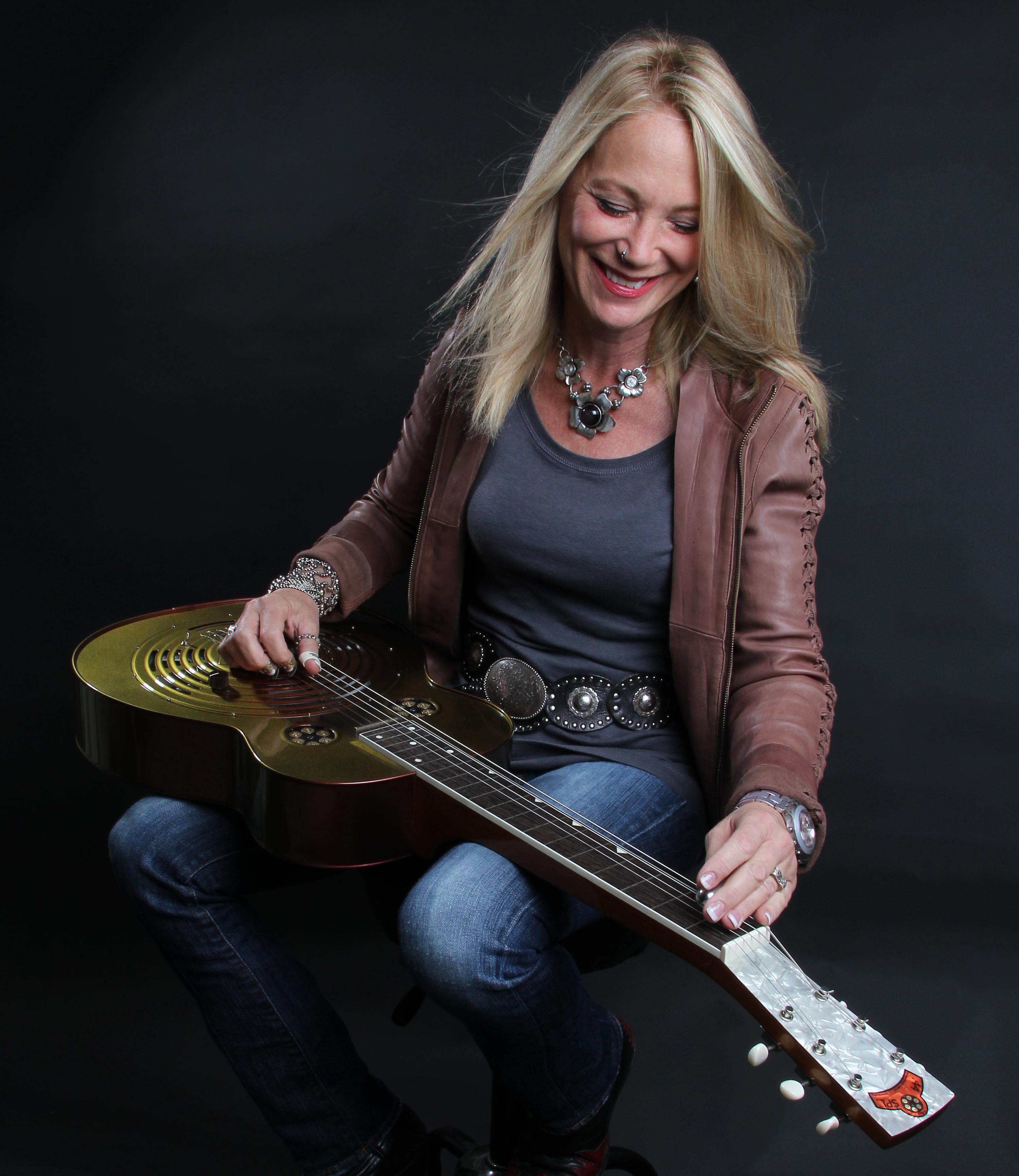 Cindy Cashdollar Cindy Cashdollar Dobro and Steel Guitar Press and
